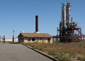 Previous Green River Refinery (now bankrupt)